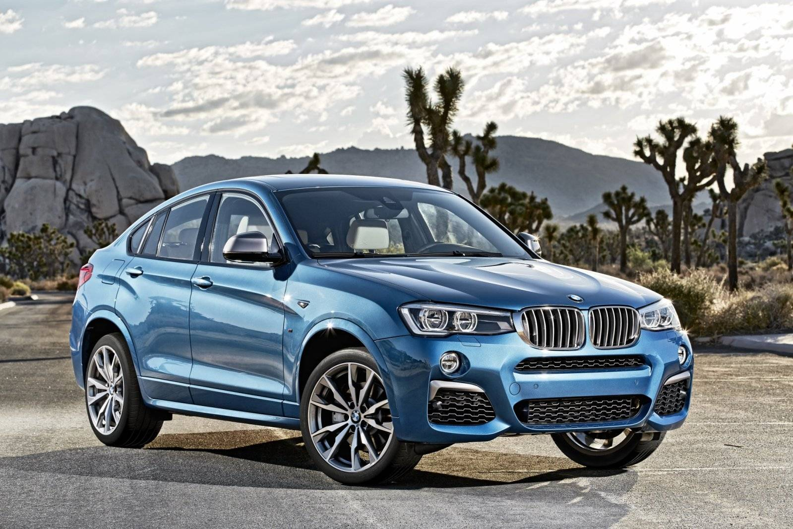 bmw x4 m40i opstap naar de x4 m autonieuws. Black Bedroom Furniture Sets. Home Design Ideas
