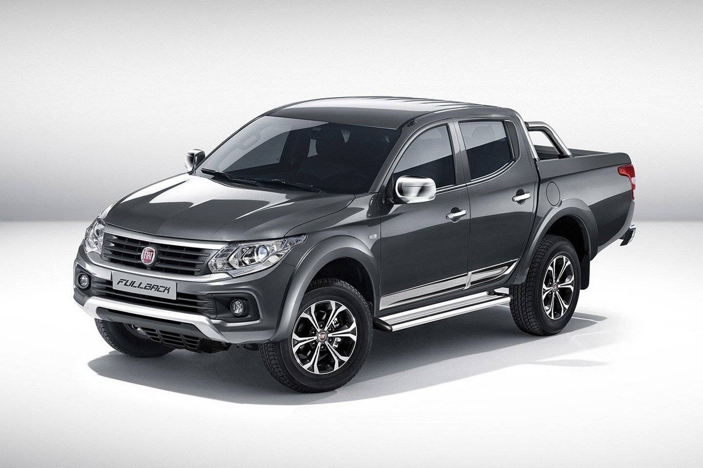 fiat fullback italiaanse pickup met japans dna autonieuws. Black Bedroom Furniture Sets. Home Design Ideas