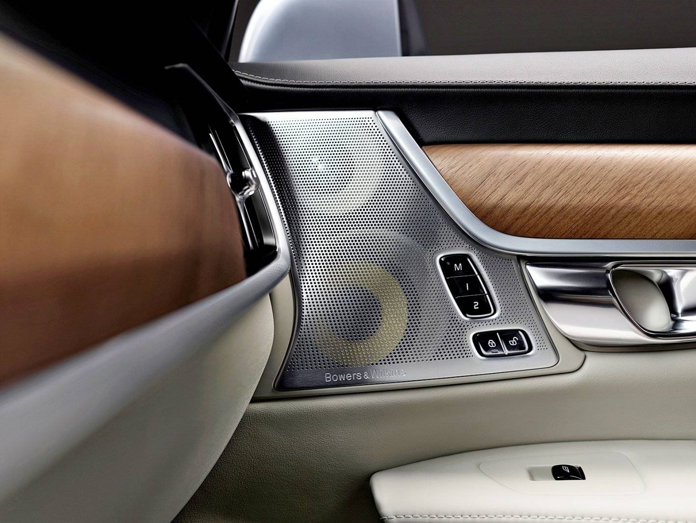 19 keer bowers wilkins in nieuwe volvo s90 autonieuws. Black Bedroom Furniture Sets. Home Design Ideas