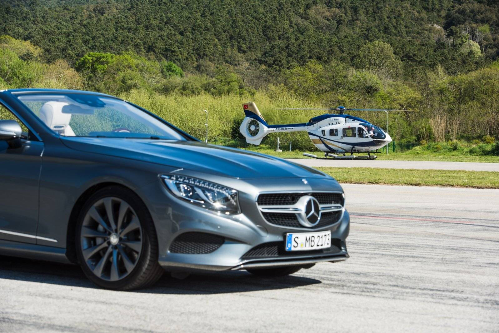 Mercedes benz verkiest het luchtruim autonieuws for Mercedes benz styles
