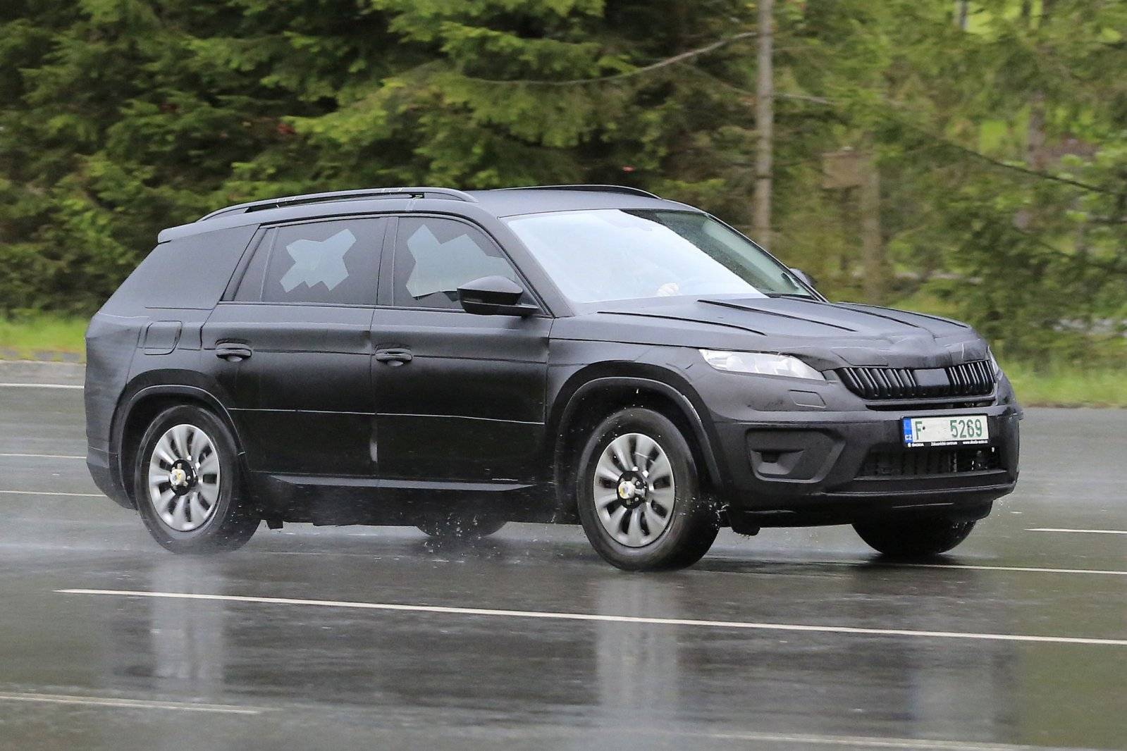 laatste loodjes voor skoda kodiaq spyshots. Black Bedroom Furniture Sets. Home Design Ideas
