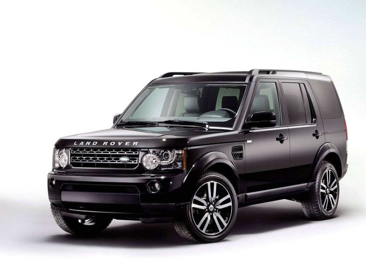 land rover discovery 4 black white autonieuws. Black Bedroom Furniture Sets. Home Design Ideas