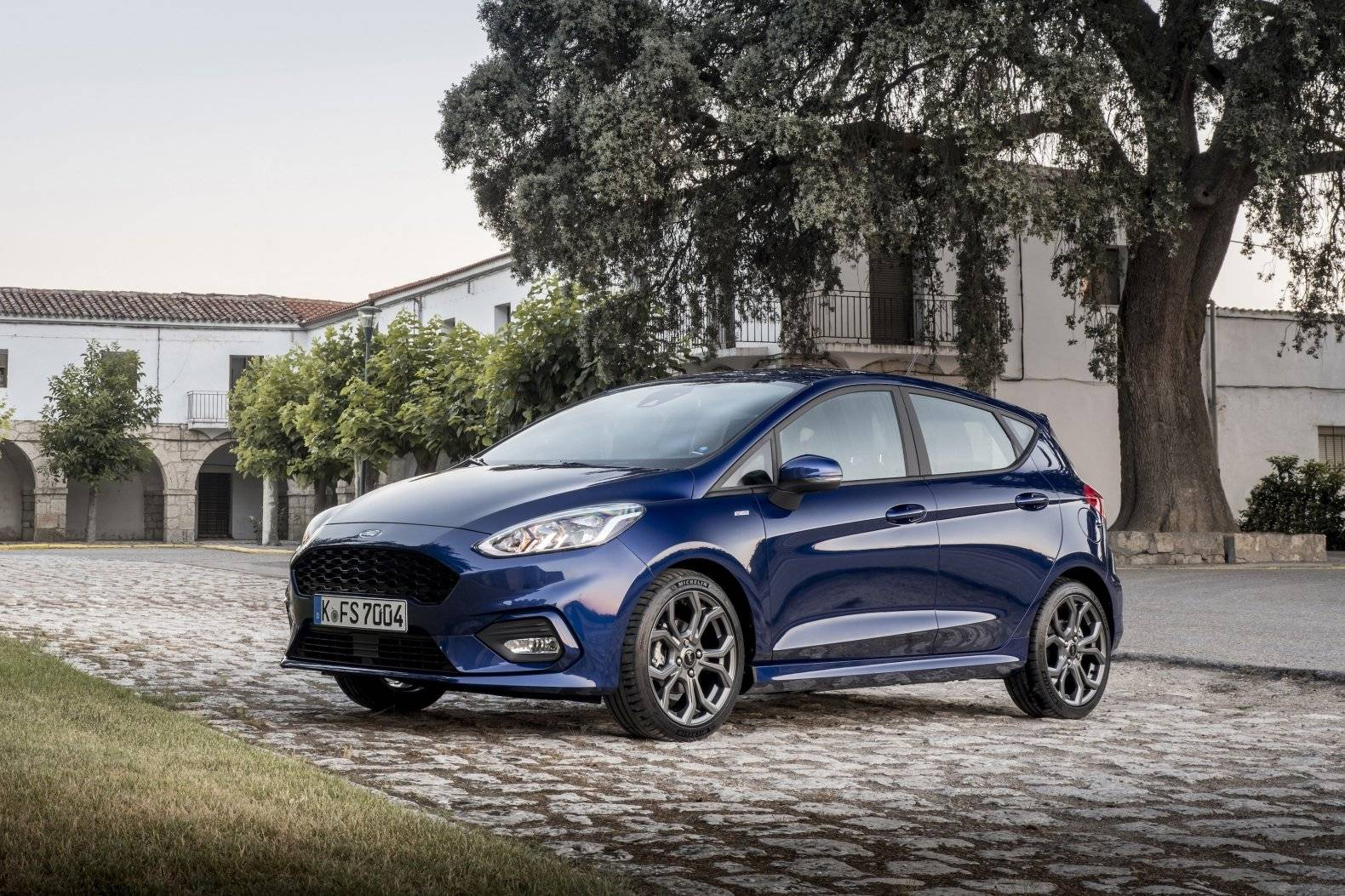 test autotest nieuwe ford fiesta autotests. Black Bedroom Furniture Sets. Home Design Ideas