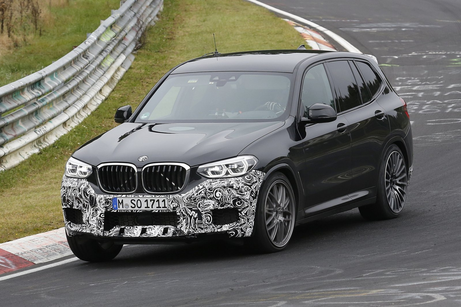 betrapt op de ring bmw x3 m spyshots. Black Bedroom Furniture Sets. Home Design Ideas