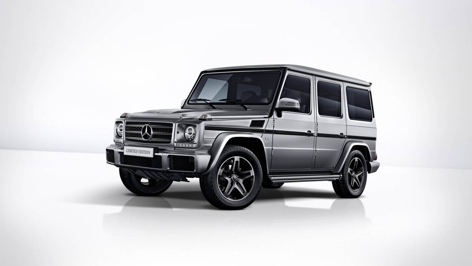 mercedes zwaait g klasse w463 uit met limited edition. Black Bedroom Furniture Sets. Home Design Ideas