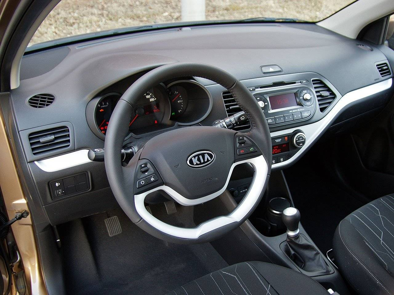test kia picanto autotests. Black Bedroom Furniture Sets. Home Design Ideas