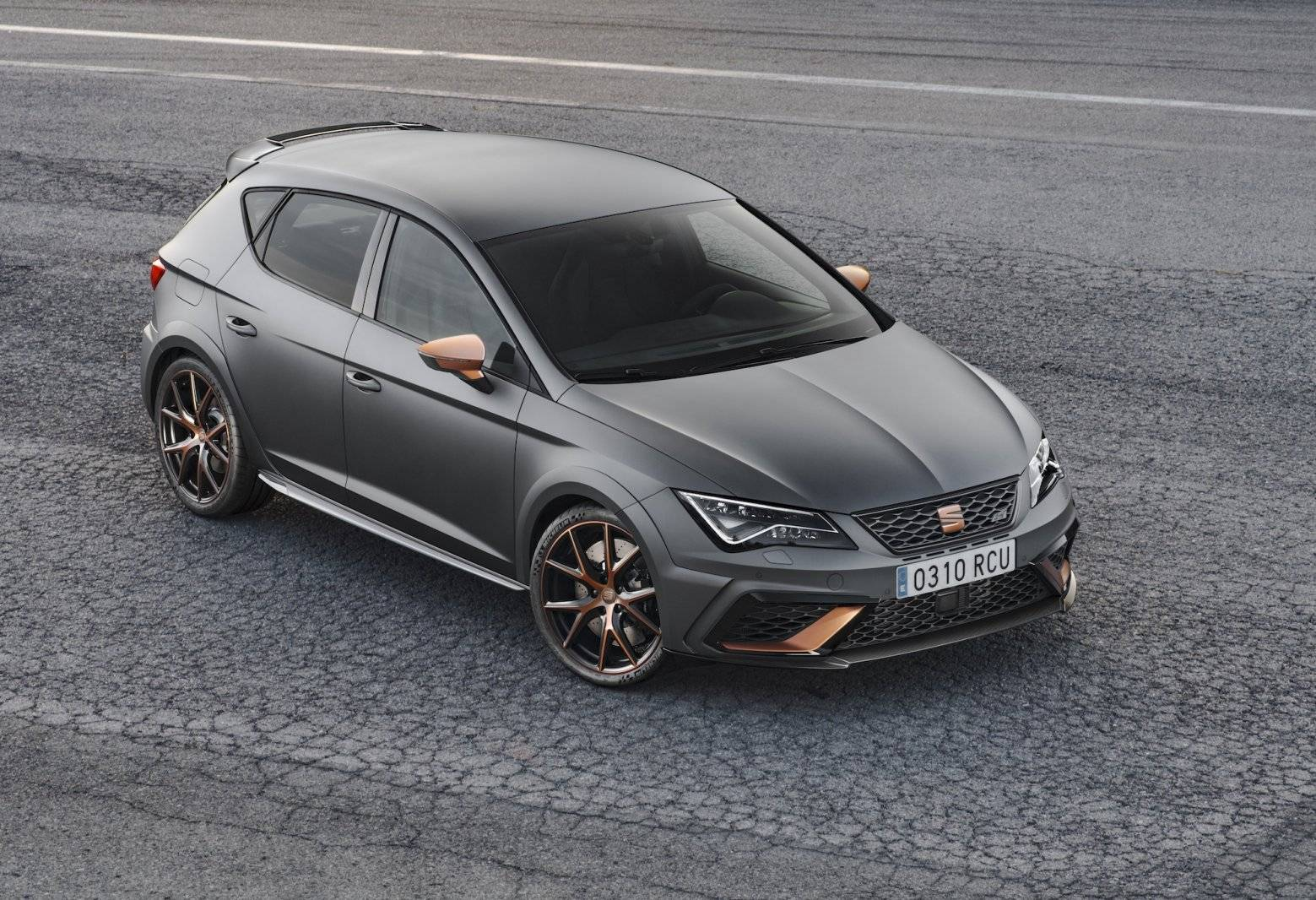 seat leon cupra r in gelimiteerde oplage autonieuws. Black Bedroom Furniture Sets. Home Design Ideas