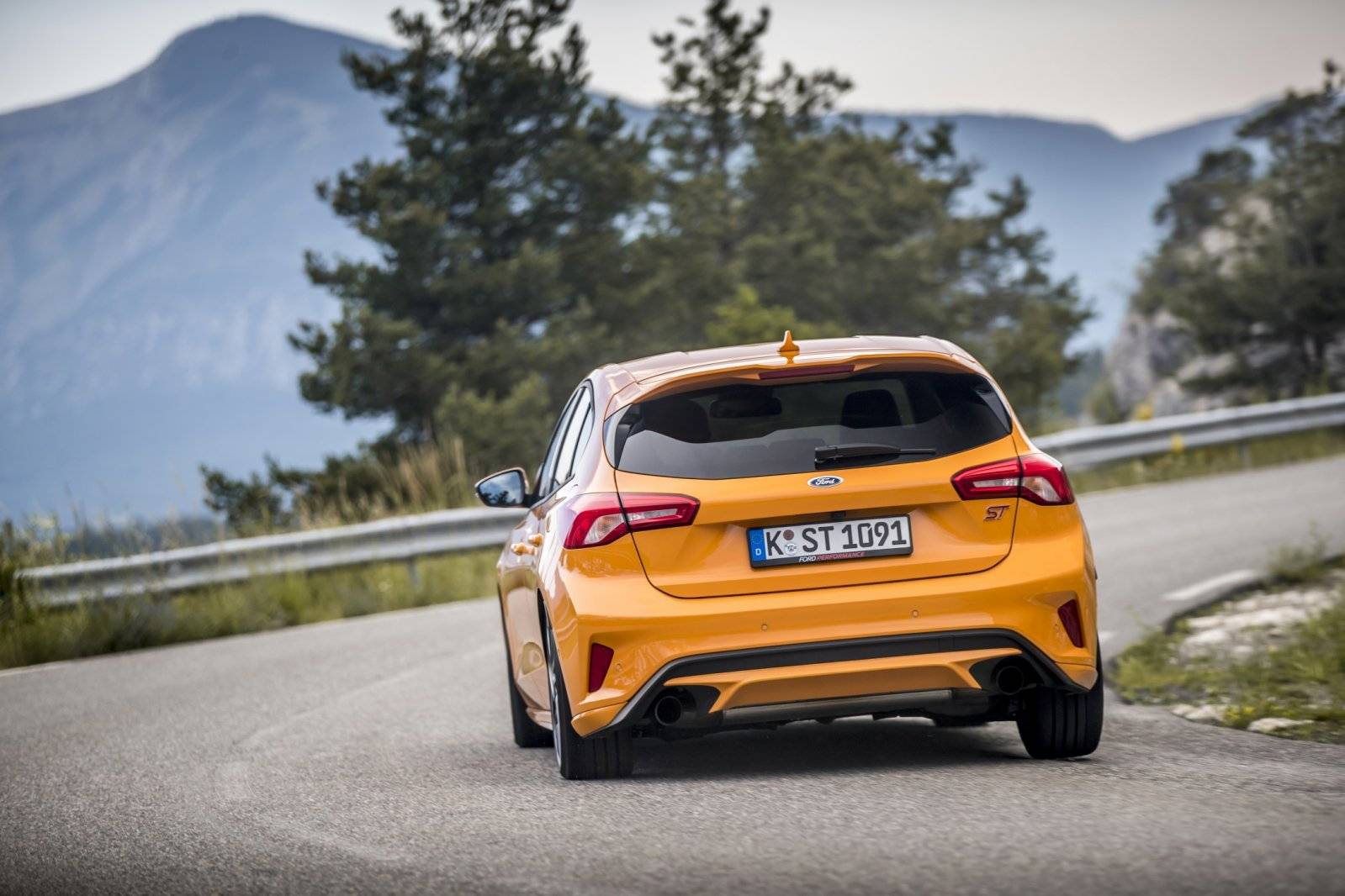 Test Eerste Review Ford Focus St 2019 Autotests