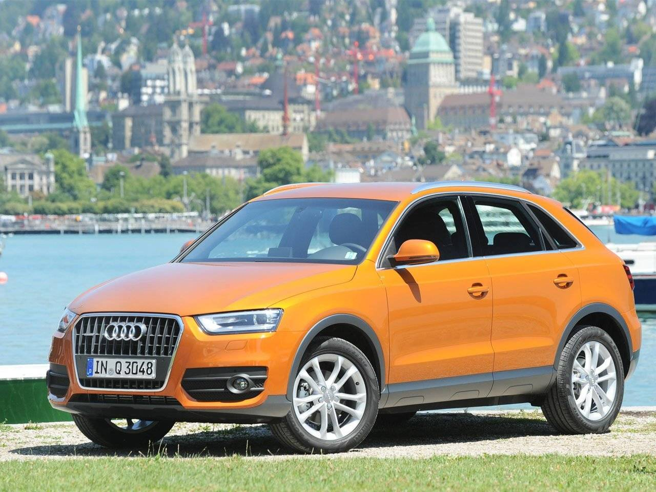 test audi q3 autotests. Black Bedroom Furniture Sets. Home Design Ideas