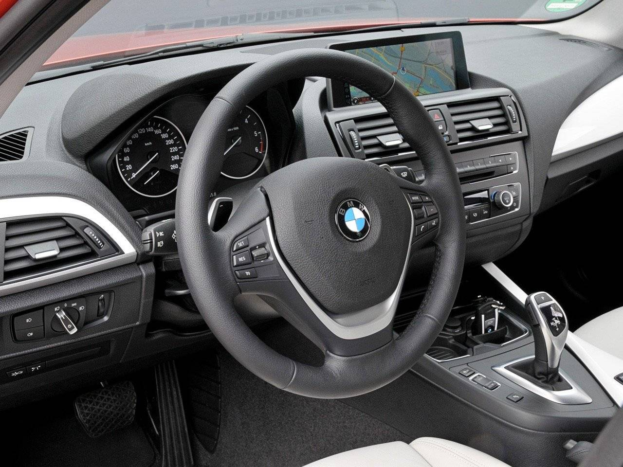 test bmw 1 serie autotests. Black Bedroom Furniture Sets. Home Design Ideas