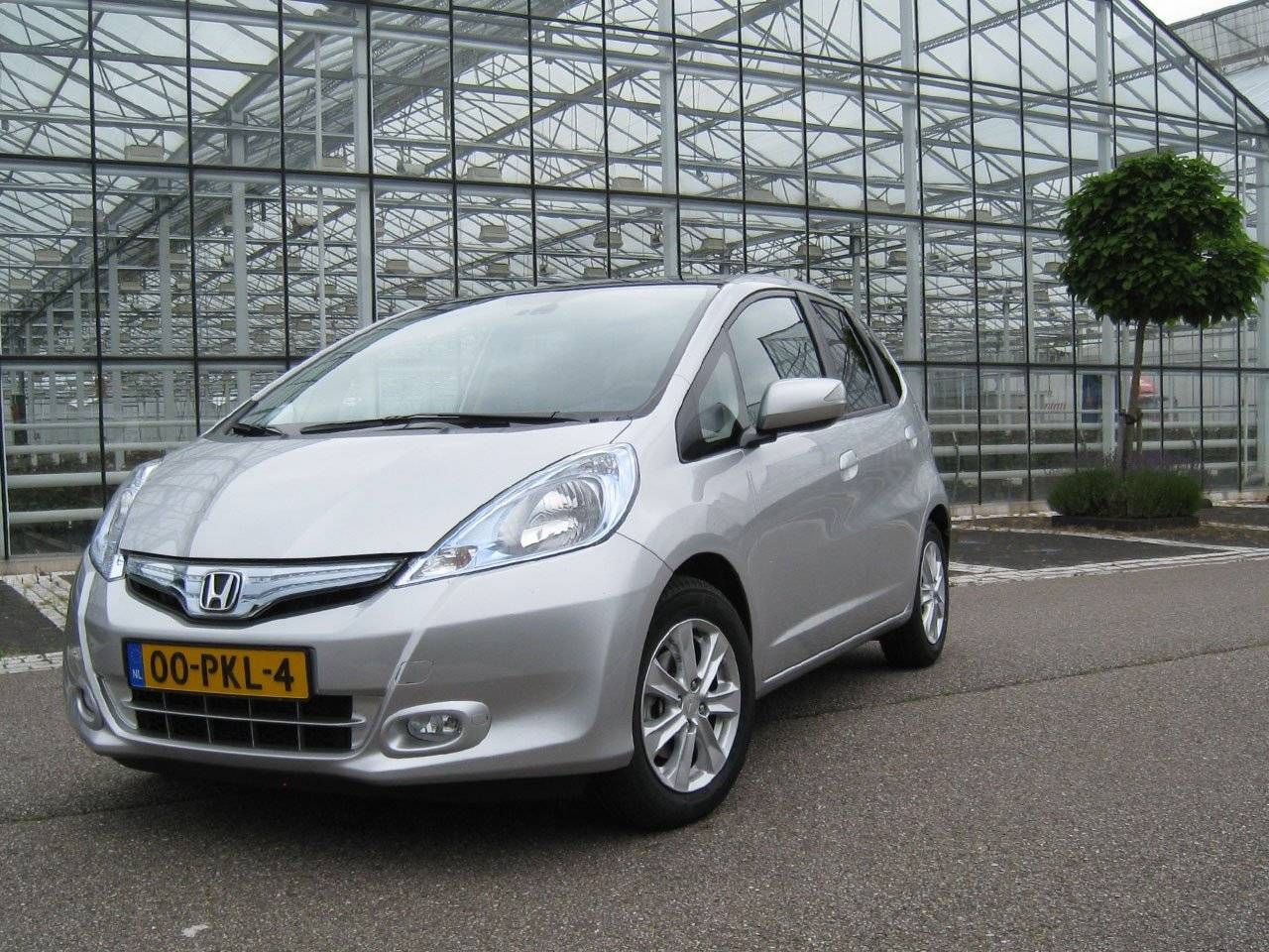 test honda jazz hybrid tikkende tijdbom autotests. Black Bedroom Furniture Sets. Home Design Ideas