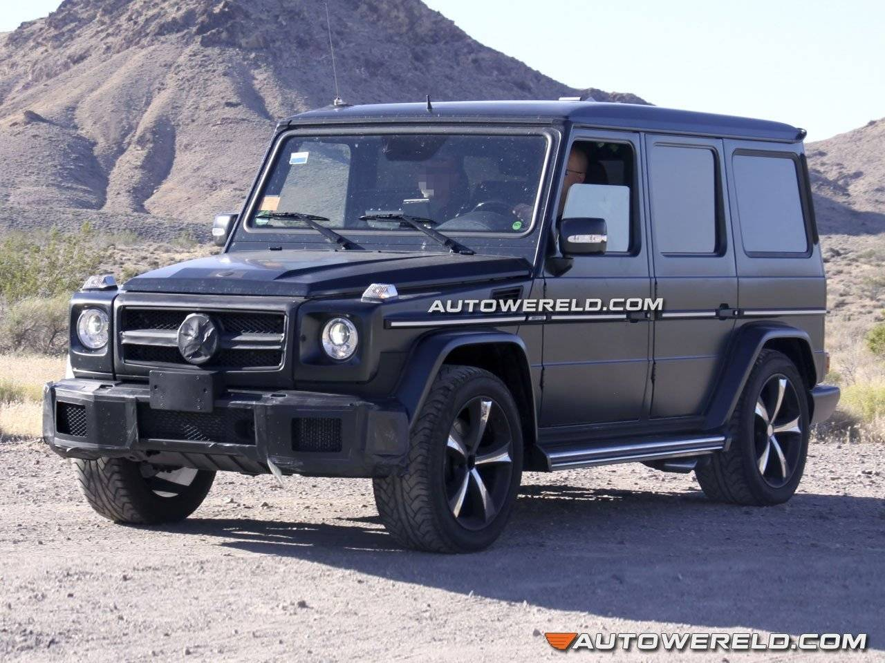 facelift en modernere amg v8 voor mercedes g klasse spyshots. Black Bedroom Furniture Sets. Home Design Ideas