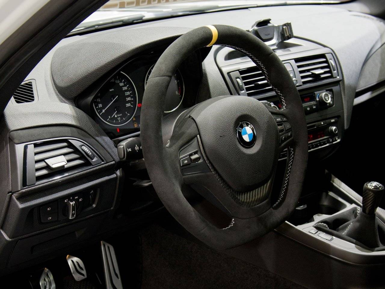 bmw performance accessoires voor nieuwe 1 serie tuning styling. Black Bedroom Furniture Sets. Home Design Ideas