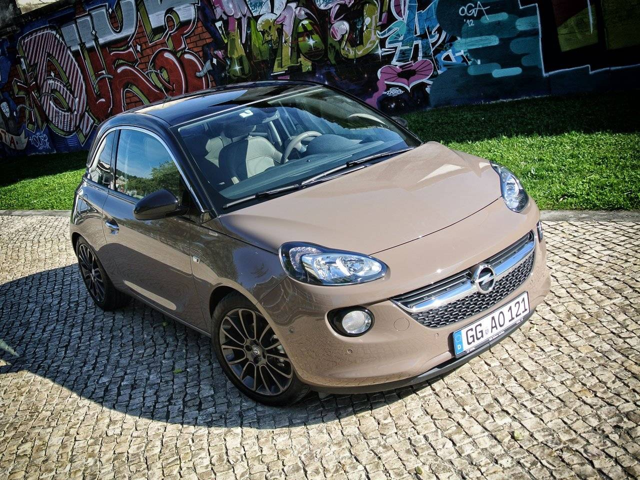 test opel adam autotests. Black Bedroom Furniture Sets. Home Design Ideas
