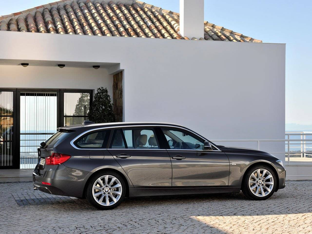 nieuwe bmw 3 serie touring dynamische flair autonieuws. Black Bedroom Furniture Sets. Home Design Ideas