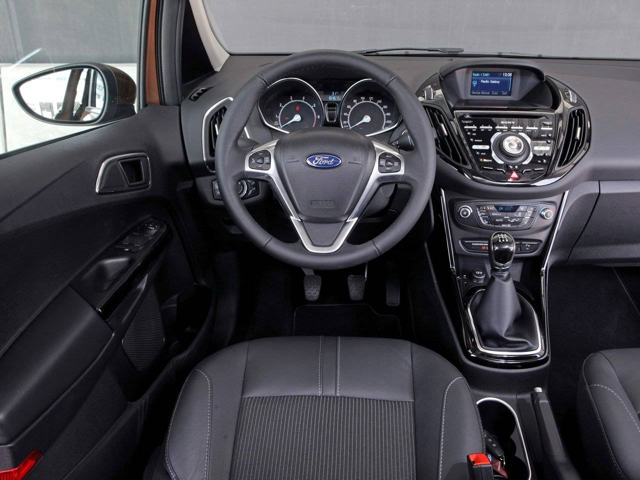 test ford b max autotests. Black Bedroom Furniture Sets. Home Design Ideas
