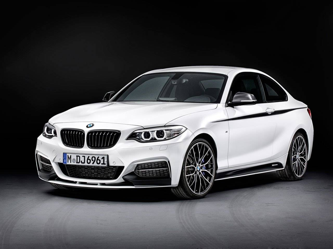 bmw 2 serie coup met m performance opsmuk tuning styling. Black Bedroom Furniture Sets. Home Design Ideas