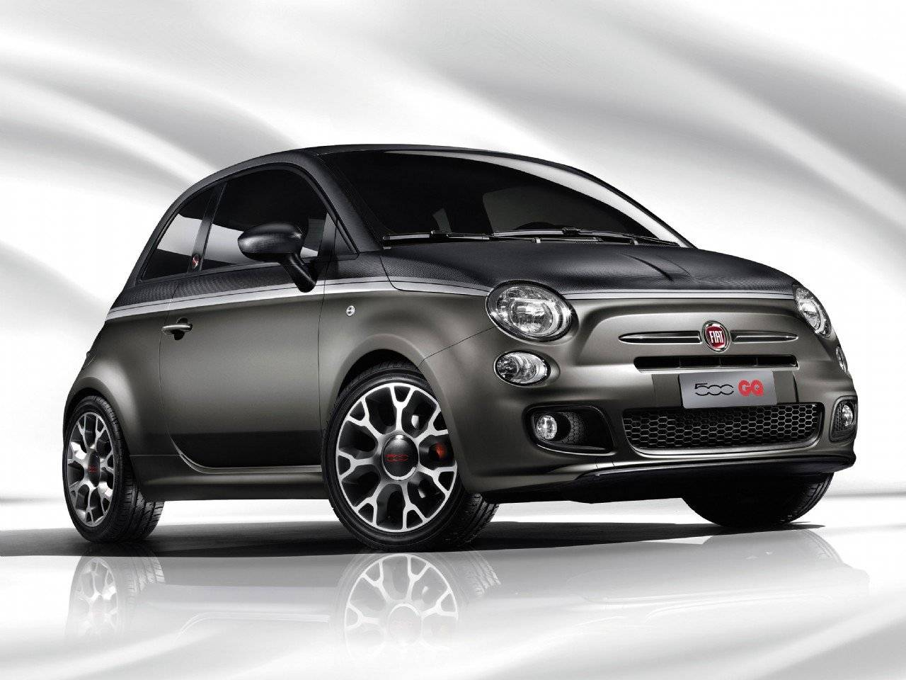fiat 500 gq speciaal voor de hippe man autonieuws. Black Bedroom Furniture Sets. Home Design Ideas