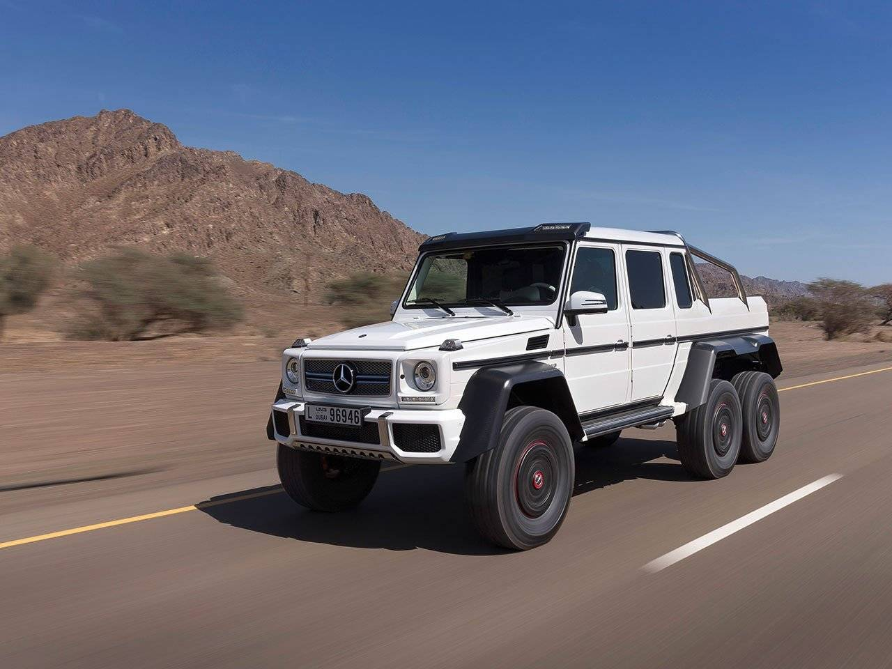 alleskunner is officieel mercedes g 63 amg 6x6 autonieuws. Black Bedroom Furniture Sets. Home Design Ideas