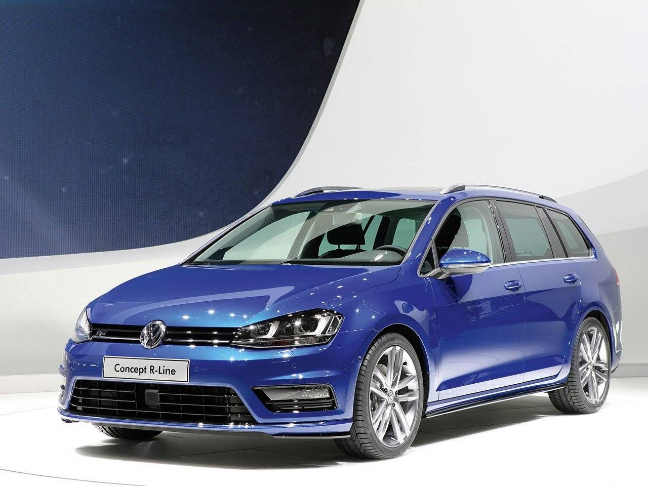 volkswagen toont golf variant r line autonieuws. Black Bedroom Furniture Sets. Home Design Ideas