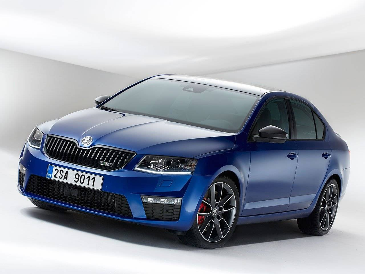 skoda gaat los met nieuwe octavia rs combi autonieuws. Black Bedroom Furniture Sets. Home Design Ideas