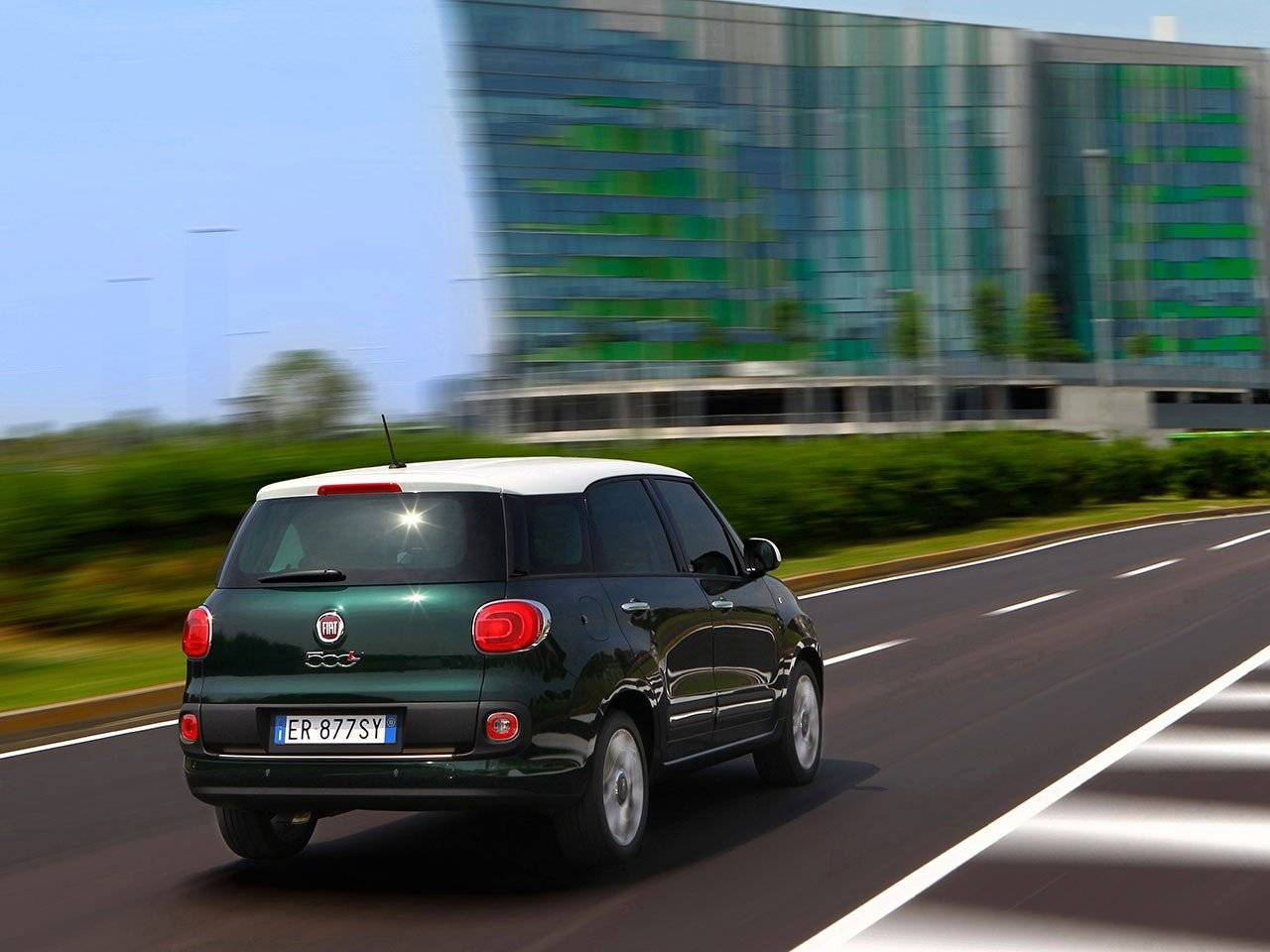alle specs en prijzen fiat 500l living bekend autonieuws. Black Bedroom Furniture Sets. Home Design Ideas