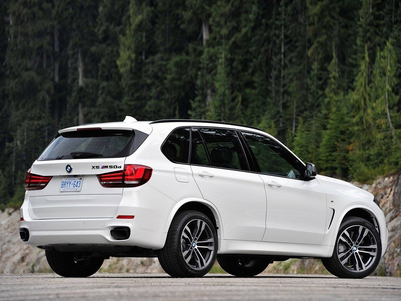 prijs en meer foto s van bmw x5 m50d autonieuws. Black Bedroom Furniture Sets. Home Design Ideas