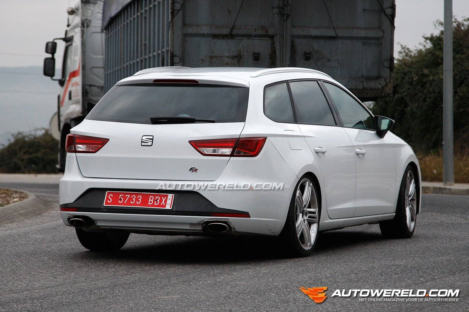 seat leon cupra st fotogalleries. Black Bedroom Furniture Sets. Home Design Ideas