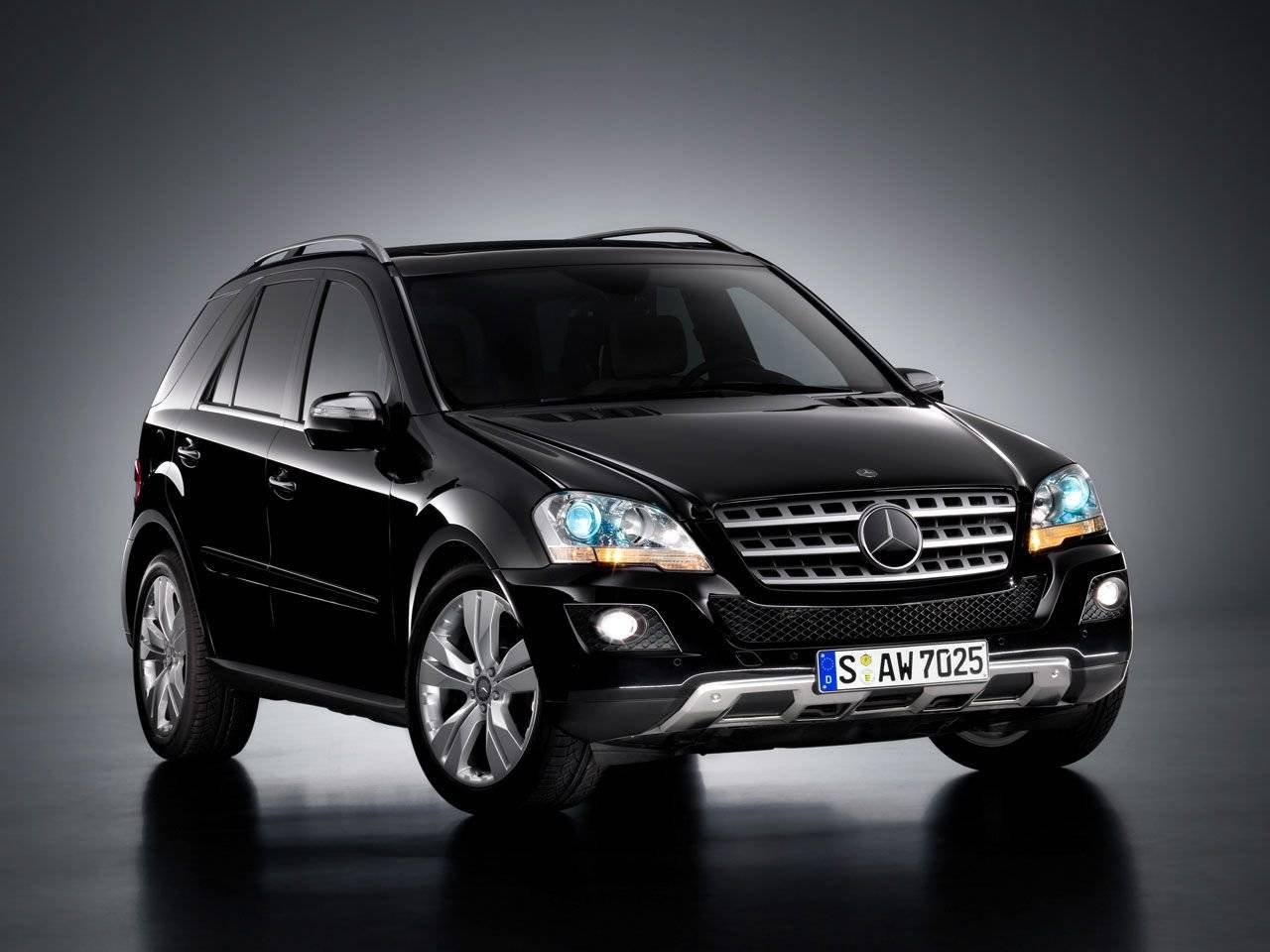 facelift mercedes ml klasse autonieuws. Black Bedroom Furniture Sets. Home Design Ideas
