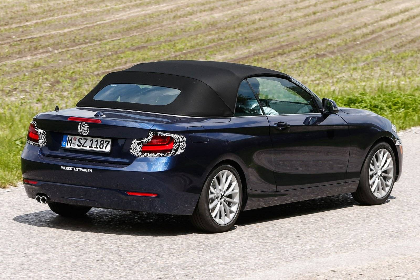 bmw 2 serie cabrio voltooit laatste testrondjes spyshots. Black Bedroom Furniture Sets. Home Design Ideas