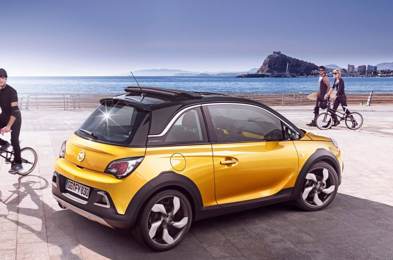 opel adam rocks 3 in 1 voor euro autonieuws. Black Bedroom Furniture Sets. Home Design Ideas