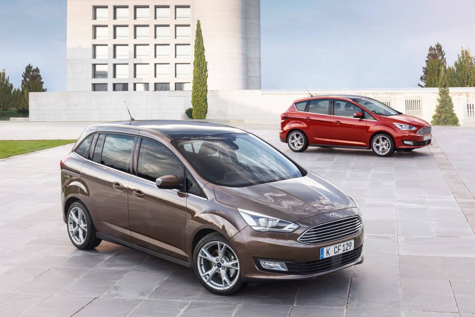 Gefacelifte Ford C-Max en Grand C-Max onthuld / Autonieuws ...