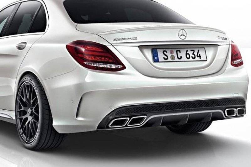 eerste beelden mercedes c 63 amg s autonieuws. Black Bedroom Furniture Sets. Home Design Ideas
