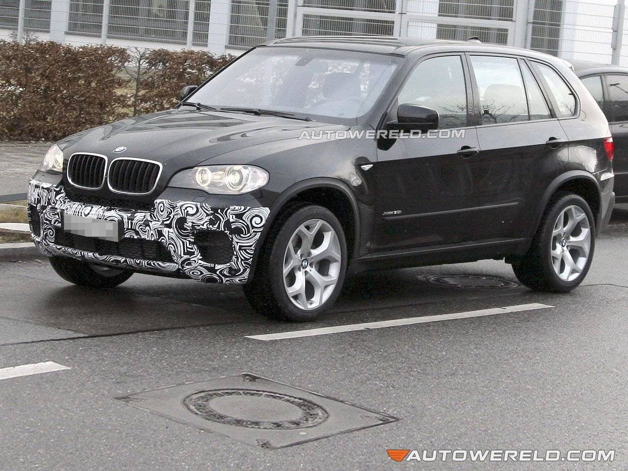 facelift voor bmw x5 op komst spyshots. Black Bedroom Furniture Sets. Home Design Ideas