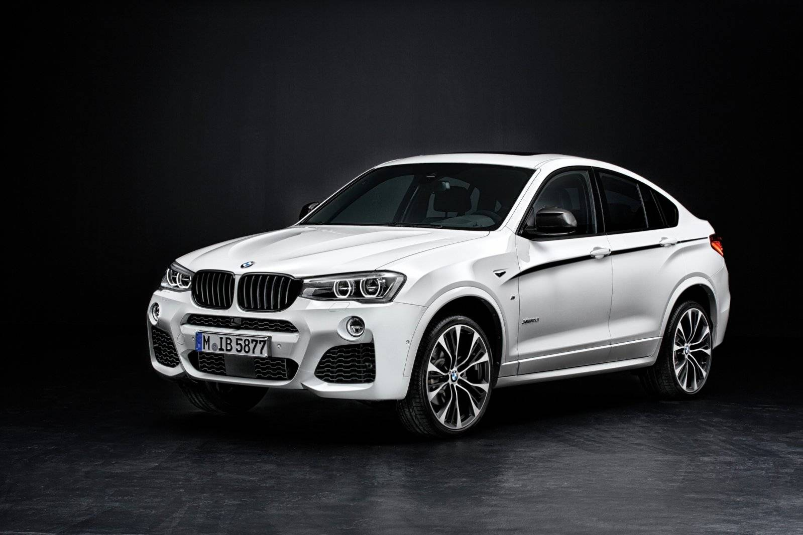 bmw x4 door de ogen van m performance autonieuws. Black Bedroom Furniture Sets. Home Design Ideas