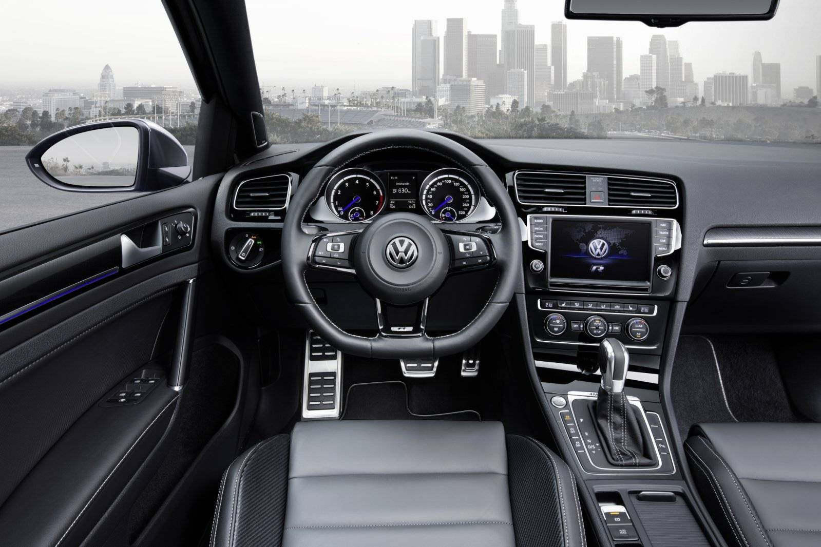sneltransport volkswagen golf r variant autonieuws. Black Bedroom Furniture Sets. Home Design Ideas