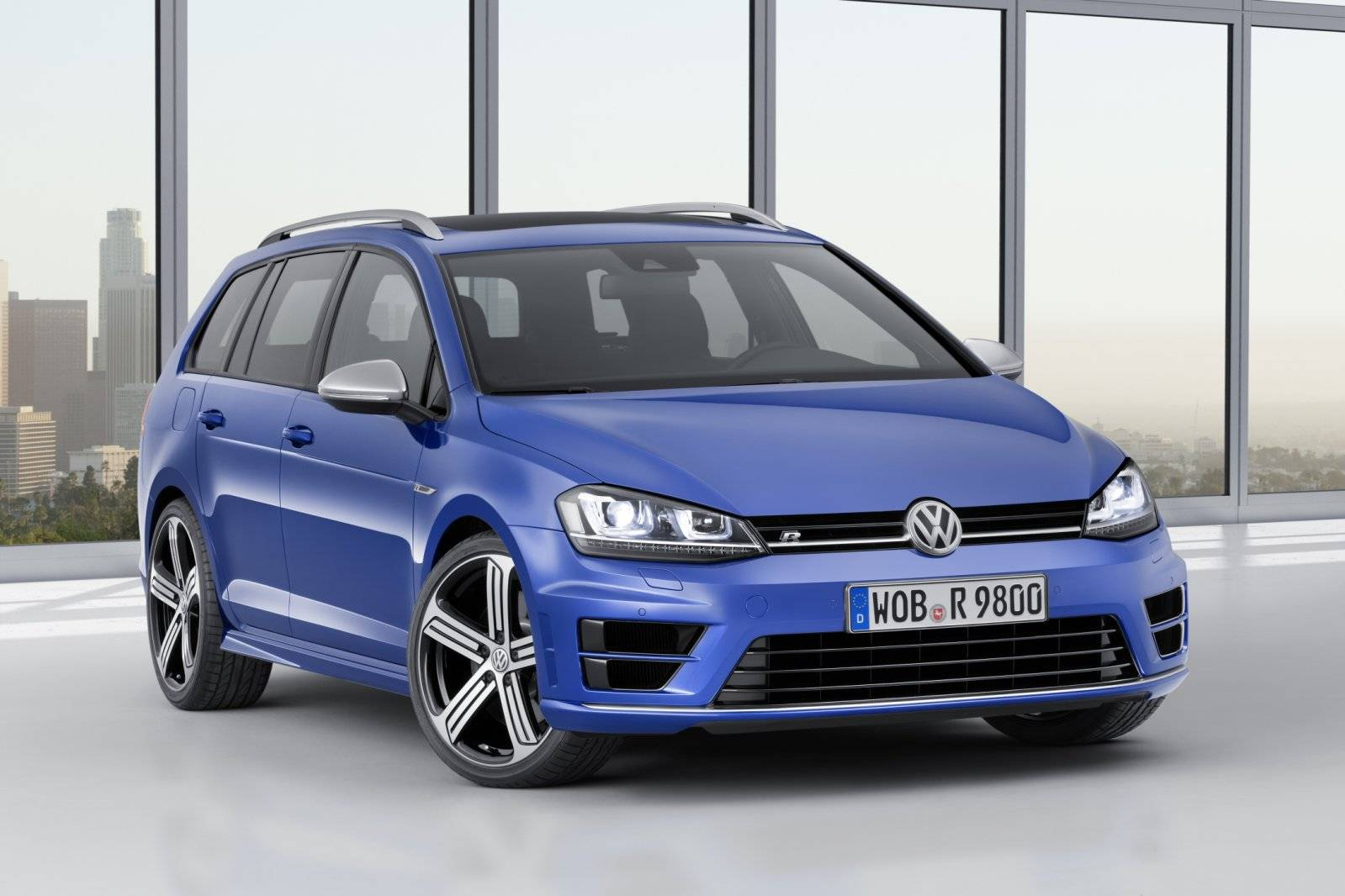 Dsc further Mercedes R Class as well Vw Jetta F Q A also Mercedes E Class Station Old likewise Vw Us Touareg. on volkswagen type 3 station wagon