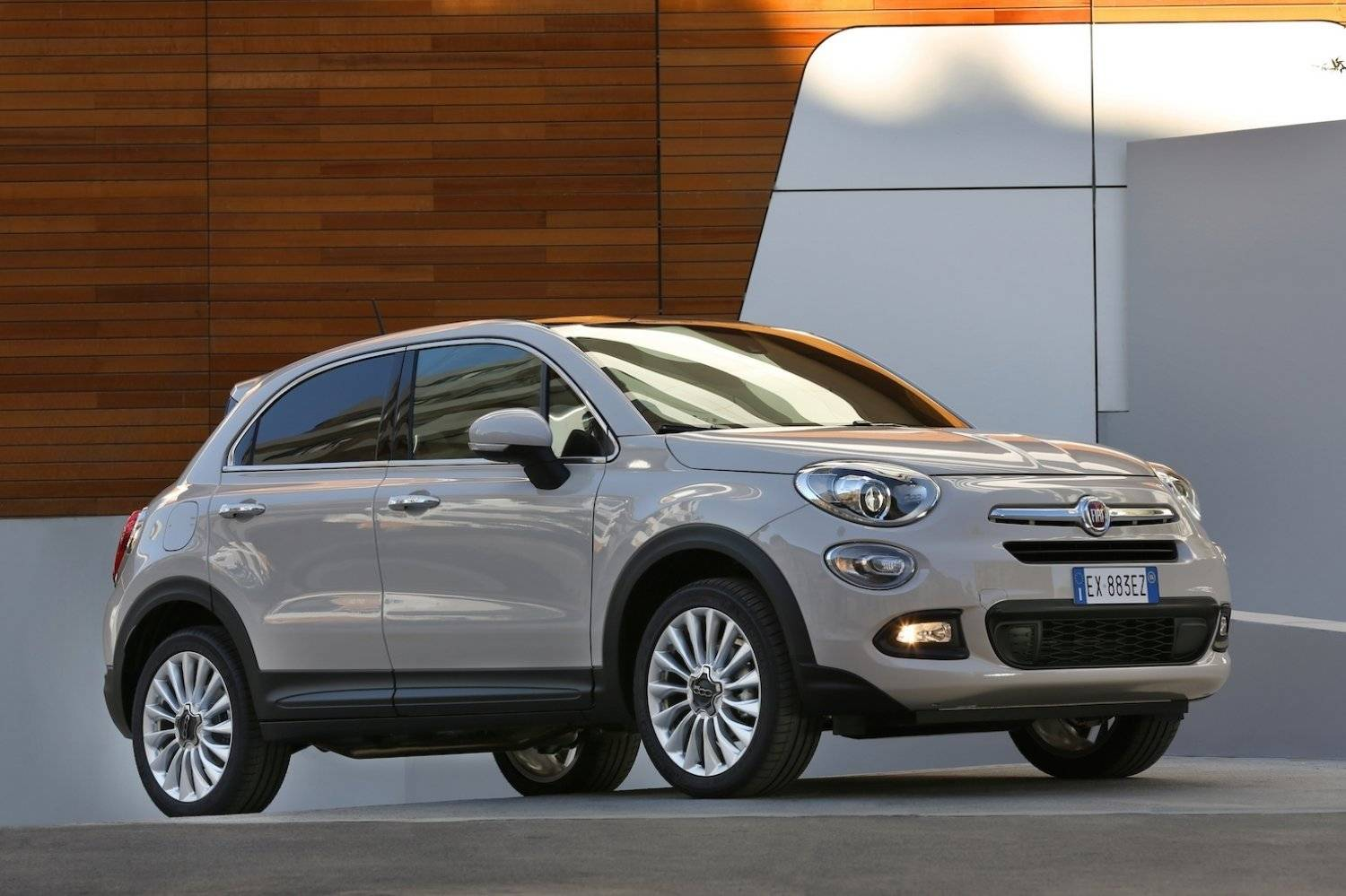 fiat 500x heeft scherpe prijzen autonieuws. Black Bedroom Furniture Sets. Home Design Ideas
